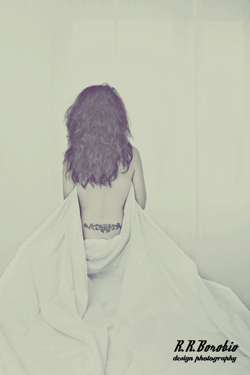 ella - Mujeres y telas