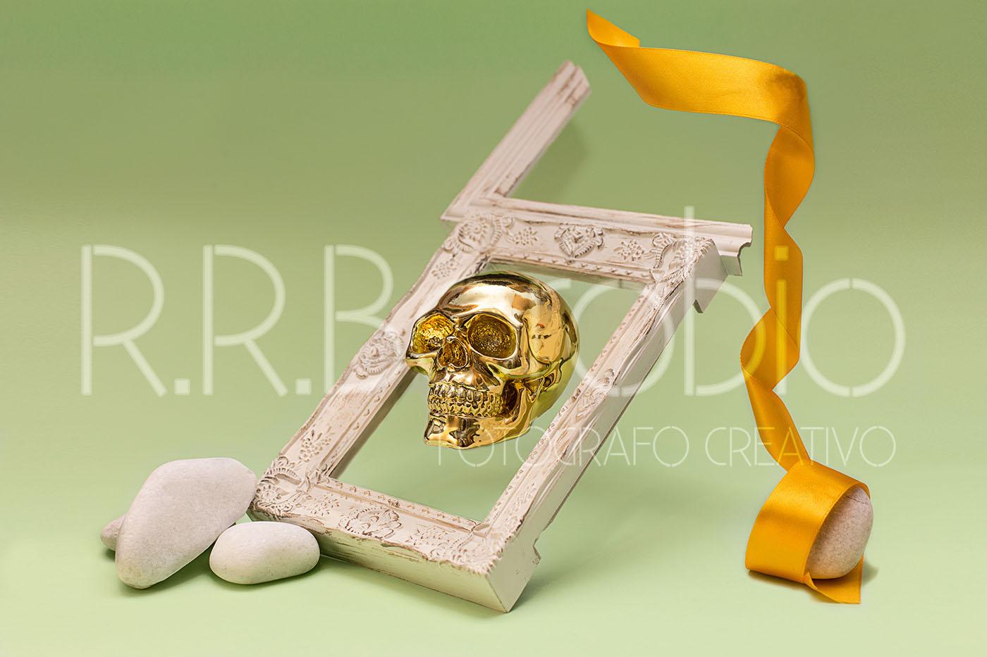 fotografia producto madrid calavera - Fotografía de producto con calavera